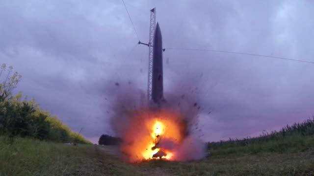 Hobby Rocket Take Off video