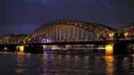 (Realtime) Hohenzollern Bridge video