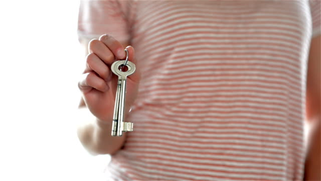 DOLLY: Home keys video