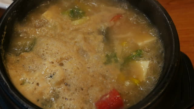 hot boiling soup video