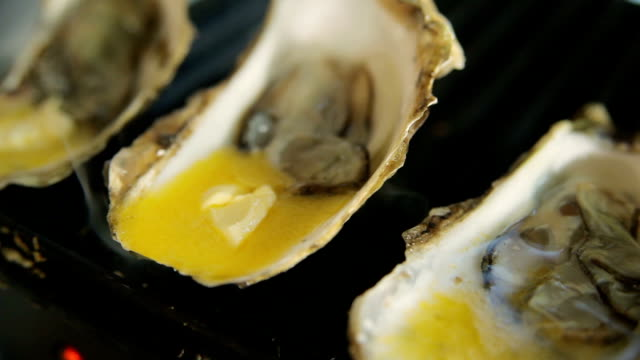 Hot oysters with butter and lemon video