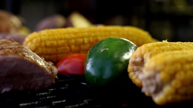 Hot pan barbecue set video