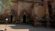 Htilominlo Temple in Old Bagan, Burma video