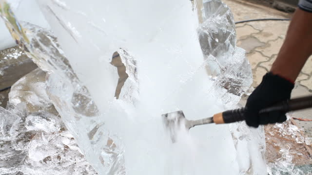 Ice carving video