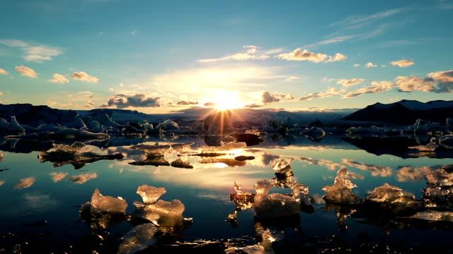 Icebergs in Jokulsarlon Glacier Lagoon video