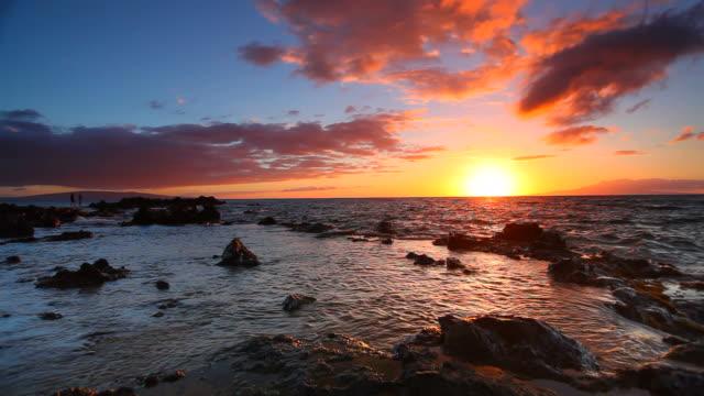 idyllci maui sunset - pacific ocean, hawaii video