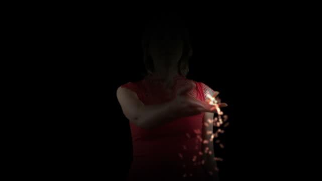 Illusionist Woman video