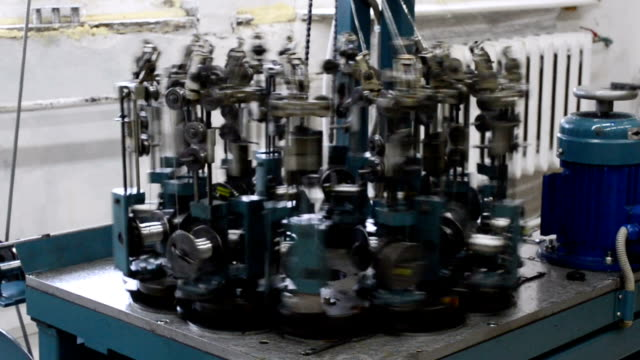 Industrial machine for the manufacture of steel braiding for electrical cables video