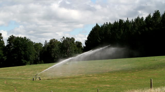 industrial watering system right to left video