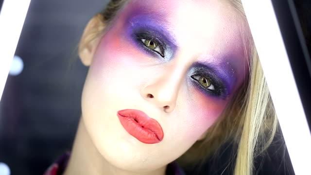 Intense Make-Up video
