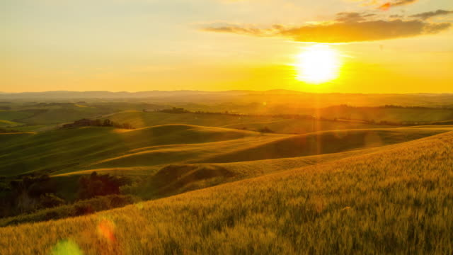 T/L Italian countryside in the sunrise video