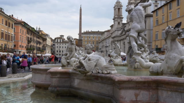 italy day time rome famous piazza navona fountain of neptune panorama 4k video