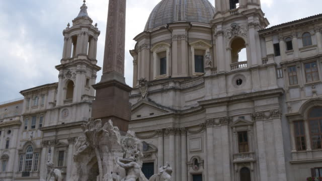 italy summer day sant'agnese in piazza navona crowded monument view 4k video
