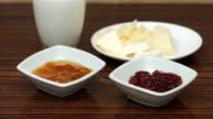 jam and cheese breakfast video