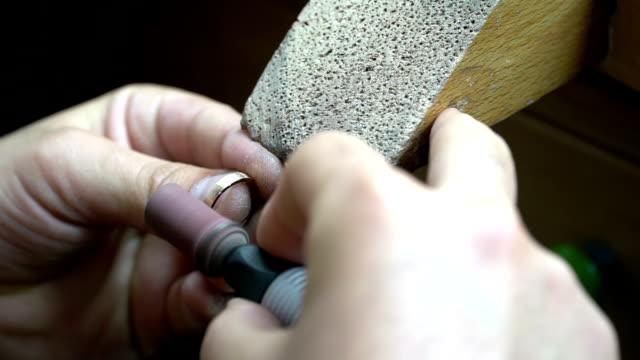 Jeweler video