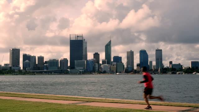 Jogger Perth Skyline video
