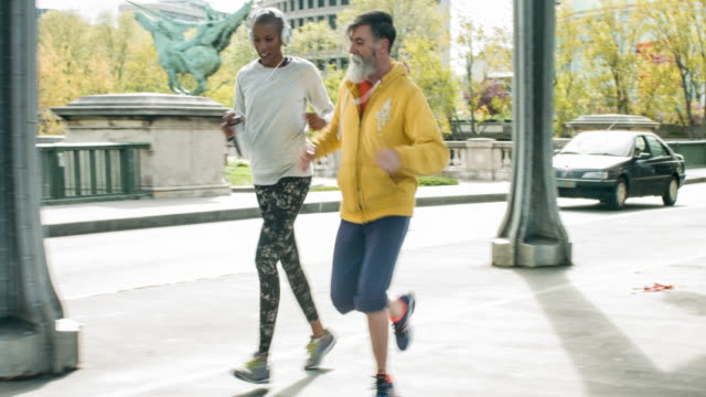 Jogging in the streets of Paris video