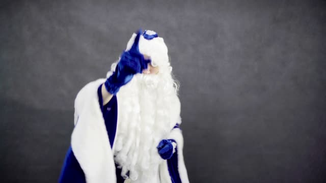 Jolly Santa Claus dancing and chooses you video