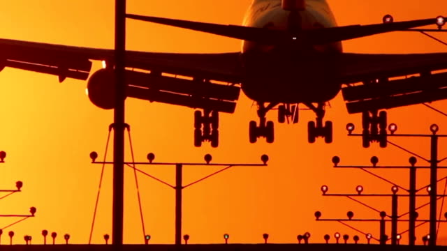 Jumbo Jet Landing Close-Up with Audio video