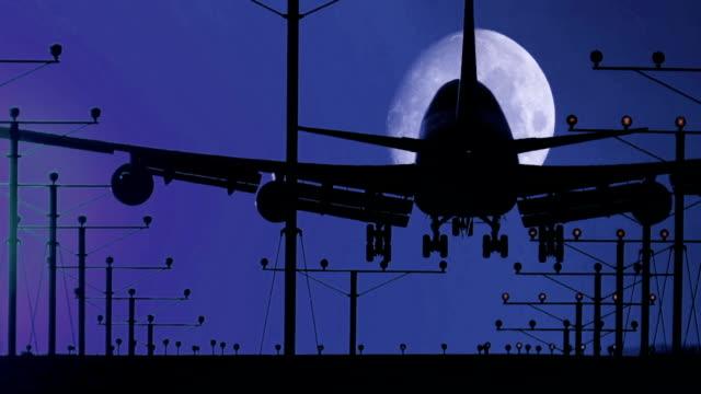 Jumbo Jet Landing Night with Moon plus Audio video