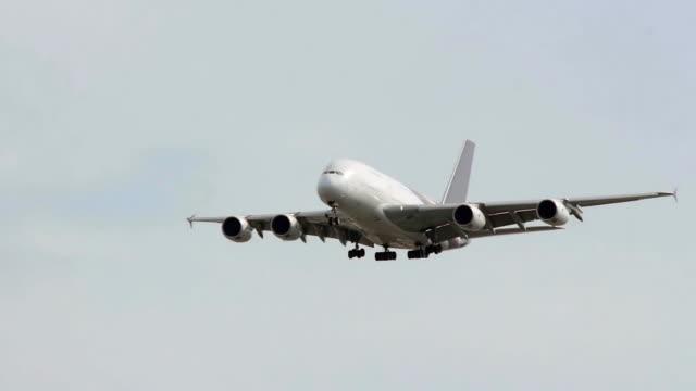 Jumbo Jet Landing. video