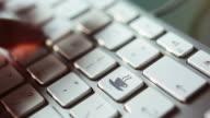 Keyboard (white) coffee     KE FO DR video