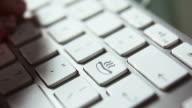 Keyboard (white) hot dog      KE FO video