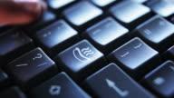 Keyboard hot dog     KE  FO video