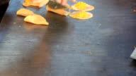 Khanom bueang video