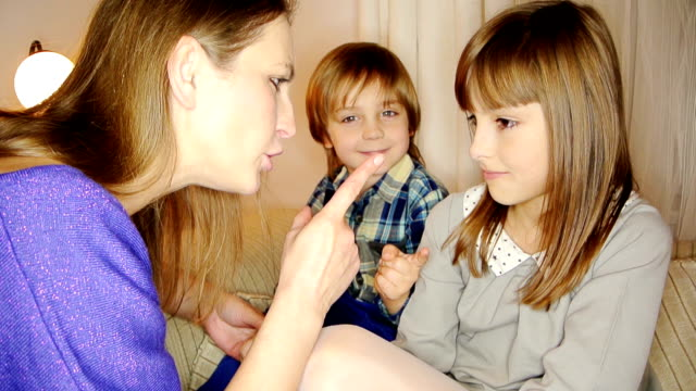 kids being told off by their mum video