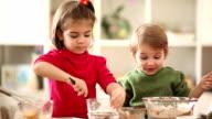 Kids making cake video