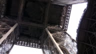 Kissing under the Eiffel Tower video