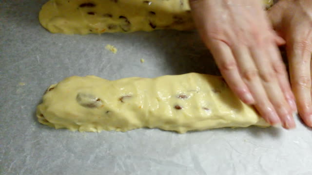 Kneading cantucci - Italian cookies video