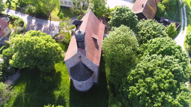 Kreuzhofkapelle In Regensburg-Barbing video