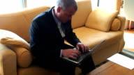 Laptop video