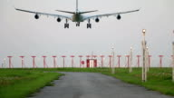 Large aircraft touch down video