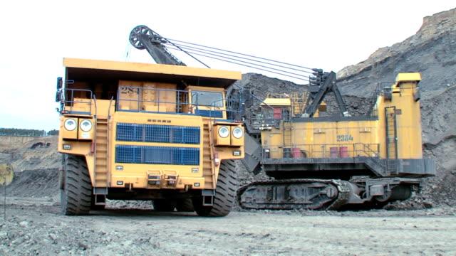 Large multi-ton truck video