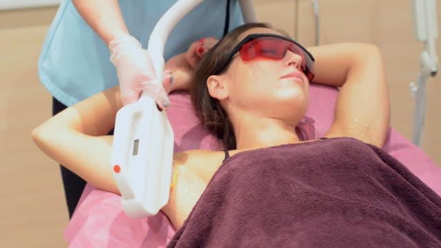 laser epilation video