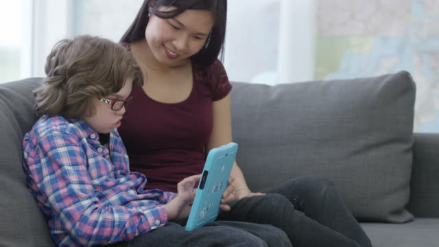 Learning on a Digital Tablet video