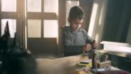 Little carpenter video
