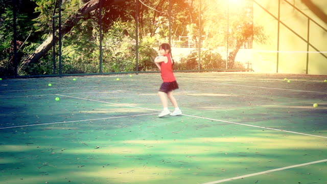 Little girl on the tennis court video