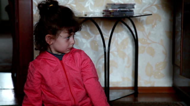 Little girl rapidly changing her emotions video