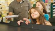 Little girls help dad video