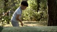 SLOW MOTION: Little golfer beats a golf ball video