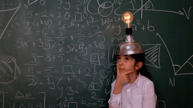 Little Scientist video