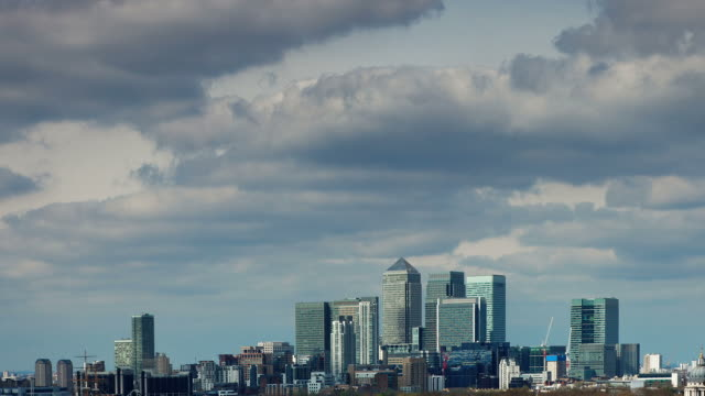 London skyscrapers time lapse - Canary Wharf video