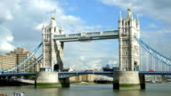 PAN London Tower Bridge (4K/UHD to HD) video