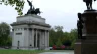 London Wellington Arch video