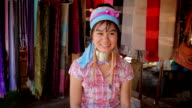 Long neck karen women show Thailand's greeting style video