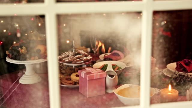 Look on Christmas Dinner video